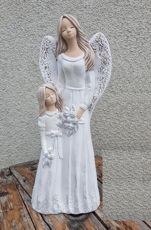 Andělka LUKRECJA  s holčičkou, bílá