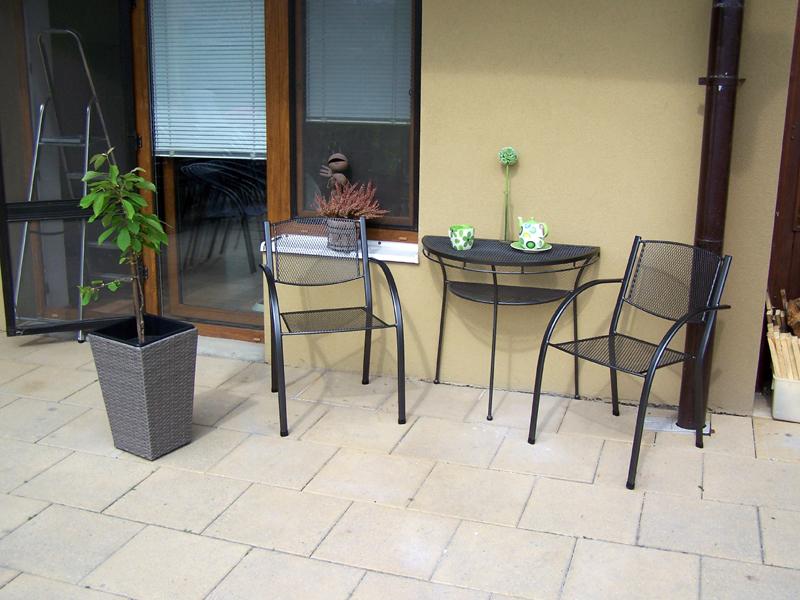 Zahradní kovová balkonová sestava MILANO I. 1+2 PŮLSTOLEK