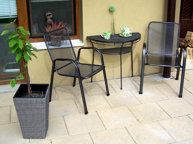 Zahradní kovová balkonová sestava SÁGA II. 1+2 PŮLSTOLEK