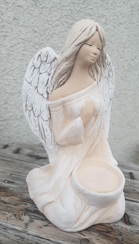 Andělka WERONIKA na svíčku - oranžová